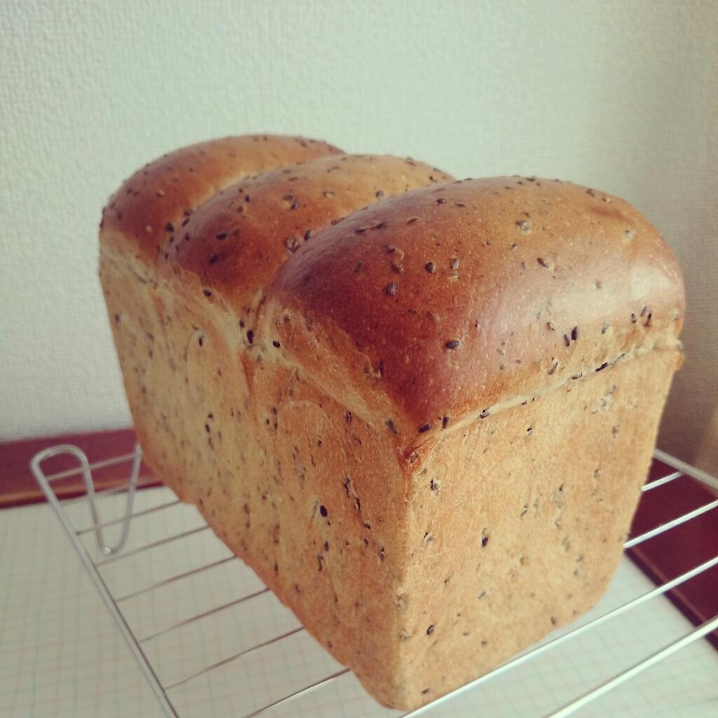 黒ごま山食レシピ❁山食パンの失敗をふり返ってみた