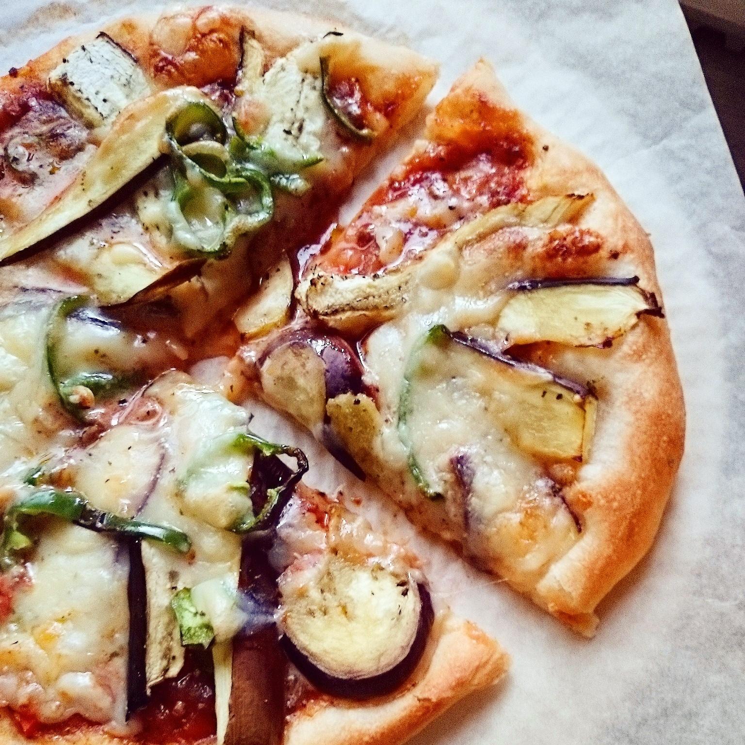 赤サフで作るピザのお昼ごはん❁銅板使用