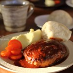 ハイジの白パン焼いて、ハンバーグなお昼ごはん❁