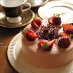 誕生日おめでとう♪紅茶のチョコレートケーキでお祝いしましょ🎂